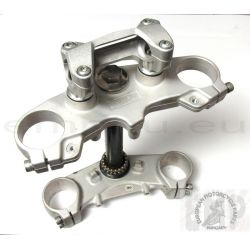 KTM DUKE 390 TOP and BOTTOM TRIPLE CLAMP  90101034035 , 90101032100
